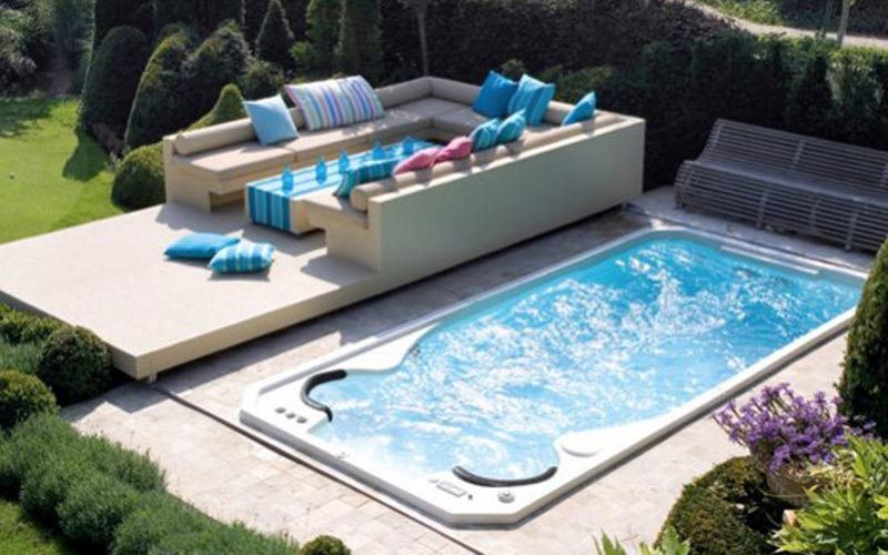 Swim spa with salt water technology for Spa swimming pool